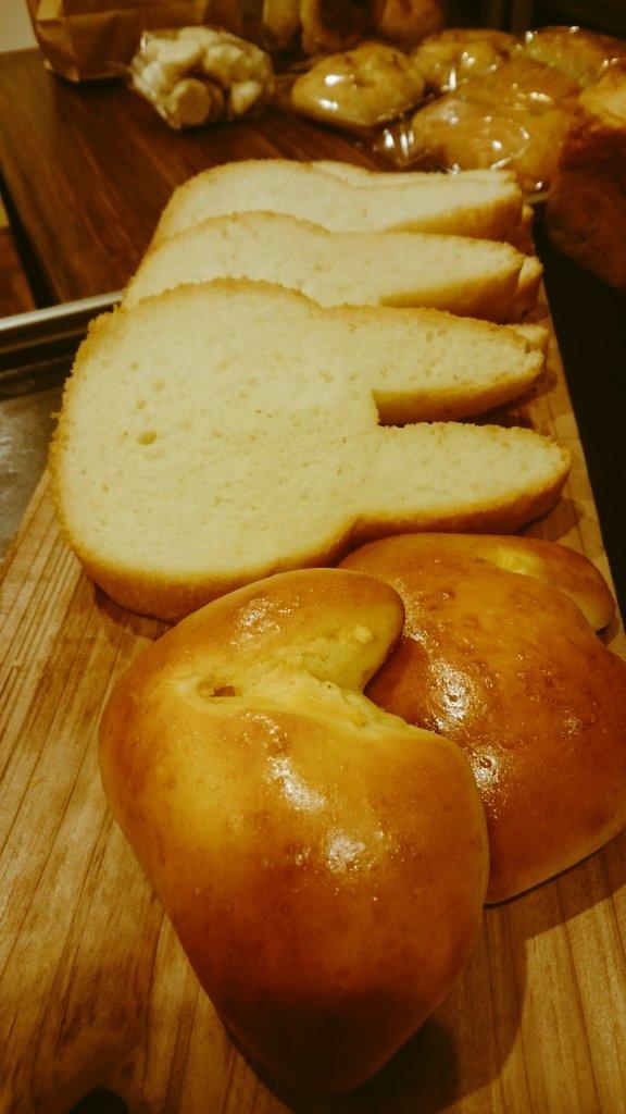 切っても切っても「うさぎ」な食パンが可愛いと大反響 そのアレンジ法とは?