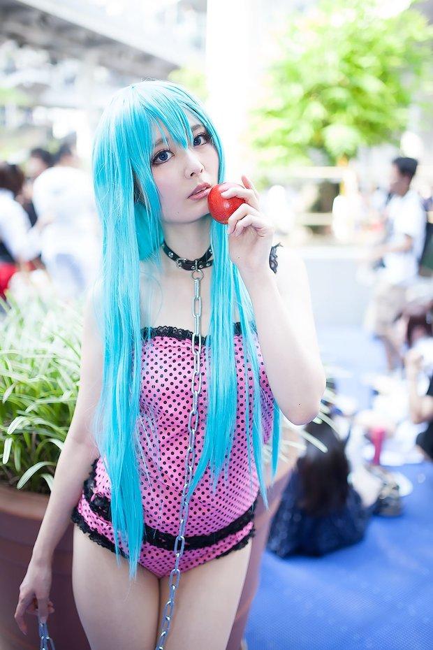 苺衣さん photo by Diora