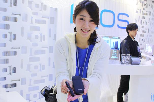 福岡モーターショー2015 iQOSブースのコンパニオンさん