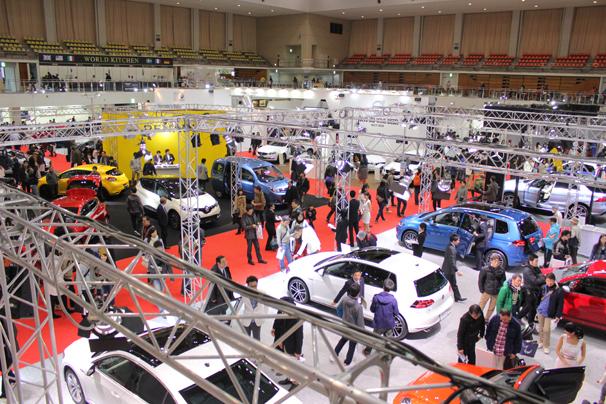 福岡モーターショー2015の様子