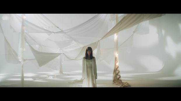 乃木坂46 橋本奈々未 『ないものねだり』MVスクリーンショット 3