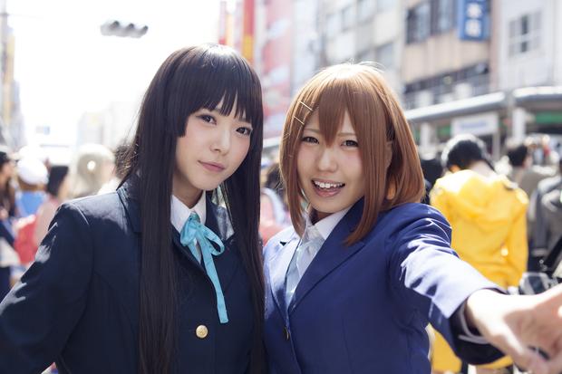 雪瀬ハルさん、黒子さきさん(『けいおん!』秋山澪、平沢唯)